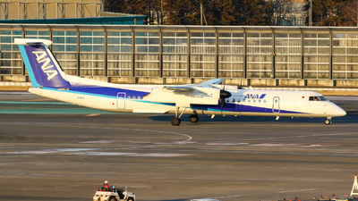 JA853A - Bombardier Dash 8-Q402 - ANA Wings