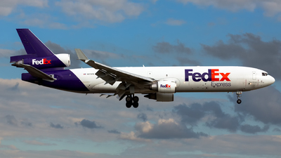A picture of N572FE - McDonnell Douglas MD11F - FedEx - © Kris Van Craenenbroeck