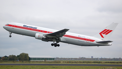 PH-MCL - Boeing 767-31A(ER) - Martinair