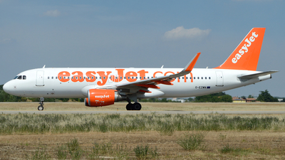 G-EZWN - Airbus A320-214 - easyJet