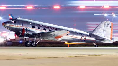 NC17334 - Douglas DC-3 - Private