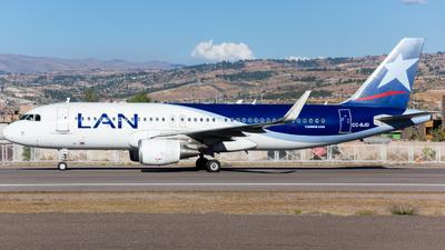 A picture of CCBJD - Airbus A320214 - LATAM Airlines - © Aldo Martinelli