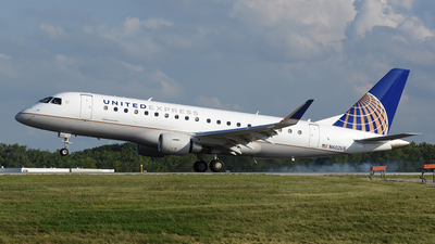 A picture of N602UX - Embraer E175LL - United Airlines - © DJ Reed - OPShots Photo Team