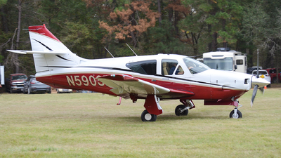 N5903N - Rockwell Commander 114A - Private