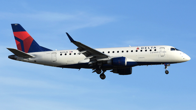 A picture of N211JQ - Embraer E175LR - Delta Air Lines - © DJ Reed - OPShots Photo Team