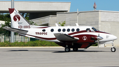 V3-HHS - Beechcraft A100 King Air - Tropicair