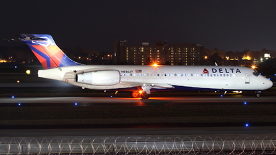 A picture of N936AT - Boeing 717231 - [55058] - © Andrew E. Cohen