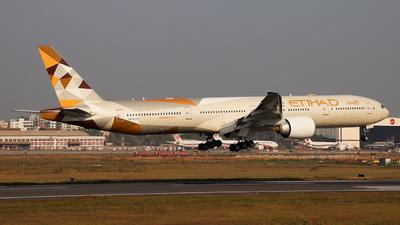 A6-ETC - Boeing 777-3FXER - Etihad Airways