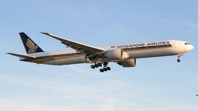 9V-SWE - Boeing 777-312ER - Singapore Airlines