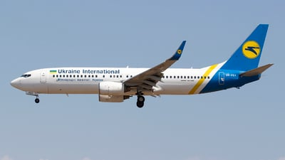 UR-PSY - Boeing 737-8EH - Ukraine International Airlines