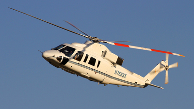 A picture of N768SX - Sikorsky S76B - [760372] - © Chris_N