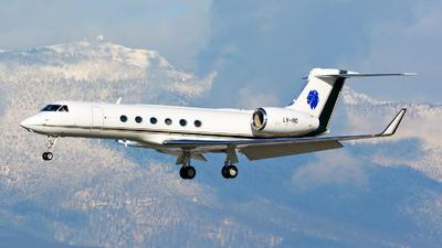 A picture of LVIRQ - Gulfstream V - [699] - © Jeremy Denton