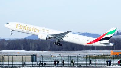 A picture of A6EPN - Boeing 77731H(ER) - Emirates - © Francesco Cavallin