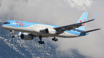 A picture of GOOBB - Boeing 75728A - TUI fly - © Andreas Stoeckl