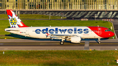 A picture of HBJJL - Airbus A320214 - Edelweiss Air - © Thierry Weber