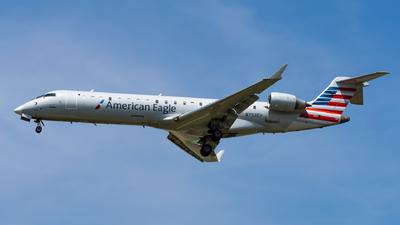 N753EV - Bombardier CRJ-701ER - American Eagle (SkyWest Airlines)