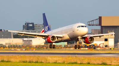 OY-KAR - Airbus A320-232 - Scandinavian Airlines (SAS)