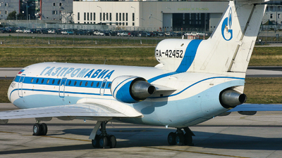 RA-42452 - Yakovlev Yak-42D - Gazpromavia