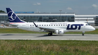 SP-LII - Embraer 170-200LR - LOT Polish Airlines