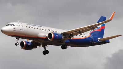 A picture of VPBLL - Airbus A320214 - Aeroflot - © Mikhail Tkachuk