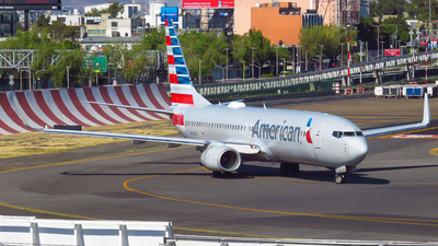 A picture of N980AN - Boeing 737823 - American Airlines - © Diego Vázquez Spotter