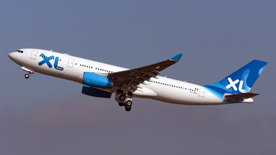 XA-MXP - Airbus A330-243 - XL Airways