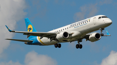 A picture of UREMA - Embraer E190STD - Ukraine Int. Airlines - © Kees Marijs