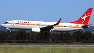 A picture of VHXZP - Boeing 737838 - Qantas - © Robbie Mathieson
