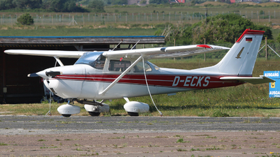 D-ECKS - Reims-Cessna F172H Skyhawk - Private