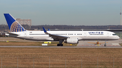 N41140 - Boeing 757-224 - United Airlines