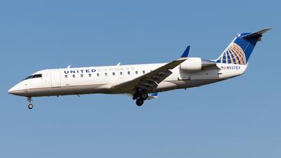 A picture of N937EV - Mitsubishi CRJ200LR - United Airlines - © Luke Dogan