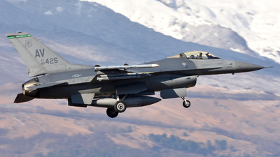 88-0425 - General Dynamics F-16CM Fighting Falcon - United States - US Air Force (USAF)