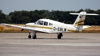 A picture of DEBLW - Piper PA28RT201 - [28R8118056] - © Gerhard Ruehl