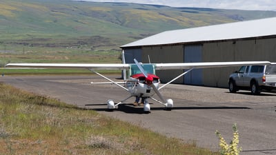 N8590U - Cessna 150M - Private