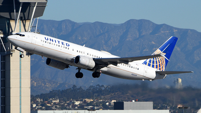N26215 - Boeing 737-824 - United Airlines