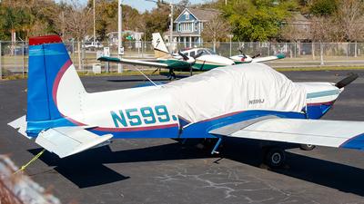 A picture of N599J - Grumman American AA5B - [AA5B0740] - © Oliver Richter