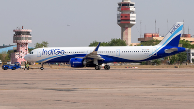 A picture of VTILI - Airbus A321251NX - IndiGo - © Sandeep Pilania