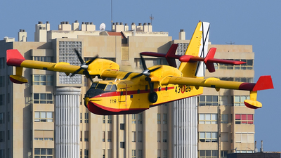 UD.13-25 - Canadair CL-215T - Spain - Air Force
