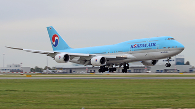 HL7637 - Boeing 747-8B5 - Korean Air