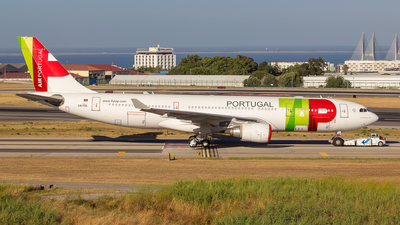 A picture of CSTOL - Airbus A330202 - TAP Air Portugal - © Marta Costa