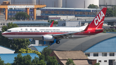 B-20A1 - Boeing 737-89P - China United Airlines