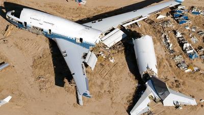N198UA - Boeing 747-422 - Untitled