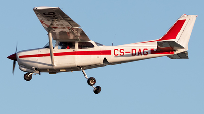 CS-DAG - Cessna 172RG Cutlass RG - Private