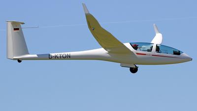 A picture of DKTON - DG Flugzeugbau DG1001 M - [10261M34] - © Eddie Heisterkamp