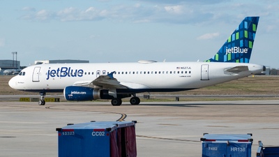 A picture of N527JL - Airbus A320232 - JetBlue Airways - © Devin   Charleston.Spotter