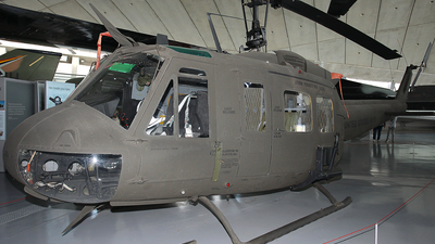 72-21605 - Bell UH-1H Iroquois - United States - US Army