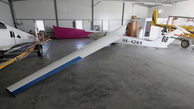 HA-4261 - SZD 32A Foka 5 - Private