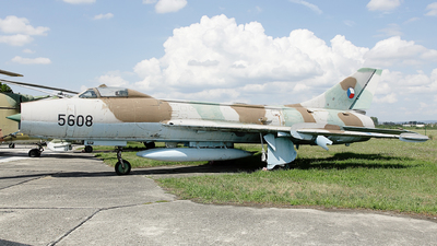 5608 - Sukhoi Su-7BM Fitter A - Slovakia - Air Force