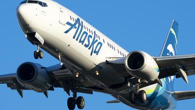 N585AS - Boeing 737-890 - Alaska Airlines