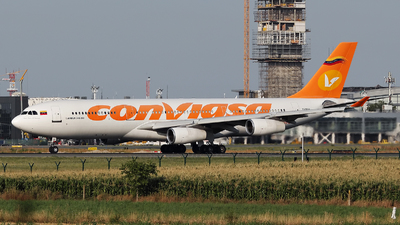 A picture of YV1004 - Airbus A340211 - Conviasa - © Dejan Milinkovic